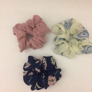NWOT. Chiffon Floral/solid Hair Scrunchies.